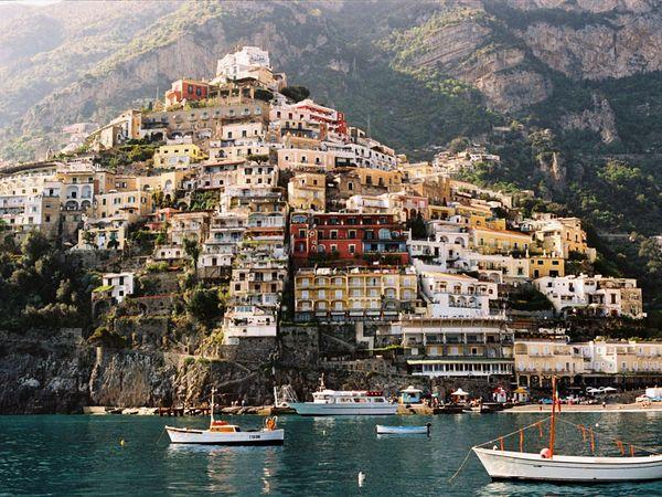 Pantai Amalfi